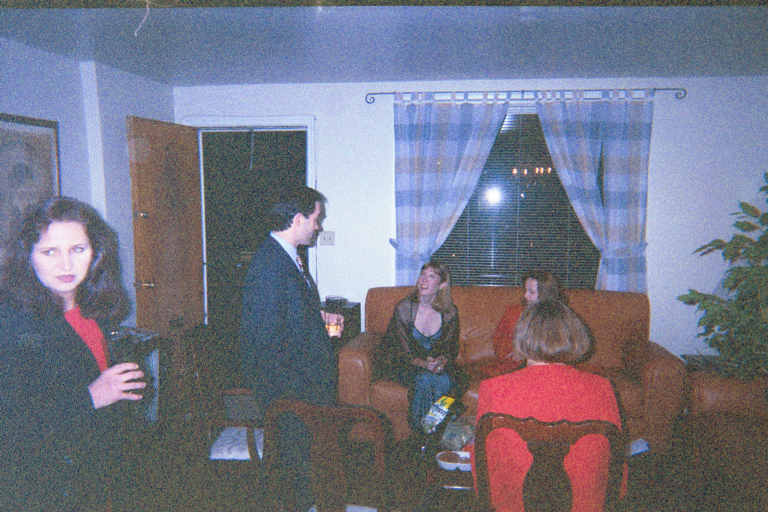 , Paul, Nora, Toni, and Karen---image032.jpg 49KB